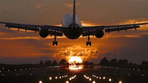 Жители Карелии смогут добраться до курортных городов с одним авиабилетом