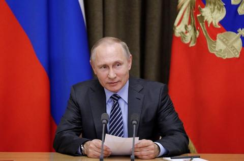 Путин попросил Шойгу обеспечить преемственность в оборонке