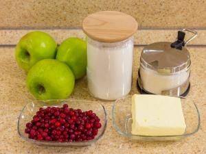 Рецепт: Крамбл с яблоками и …