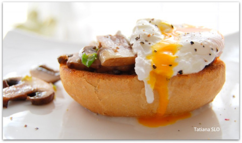 Яйцо-пашот на завтрак.