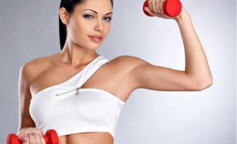 Упражнения для увеличения и подтяжки груди