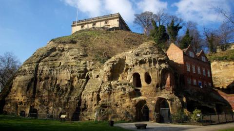 В пещере Ноттингема засняли …