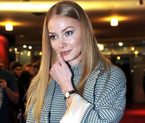 Знаменитая актриса Светлана …