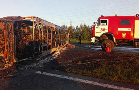 Последний рейс: в Татарстане ночной автобус попал в смертельное ДТП