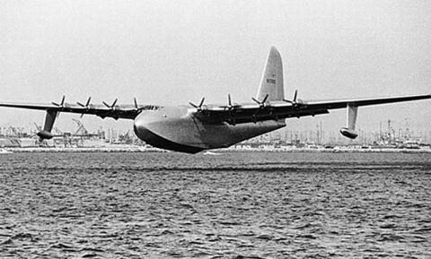 Самолет Hughes H-4 Hercules: деревянный колосс