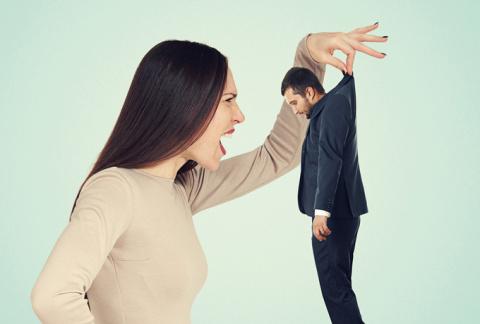 У неуважения к мужу слишком …