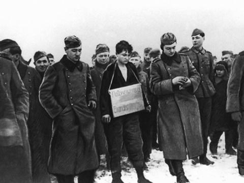 Кто сдал Зoю Кoсмoдемьянскую немцам