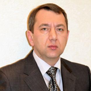 Виктор Петерс