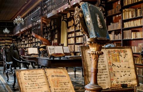 10 невзрачных артефактов, которые заставили переписать историю