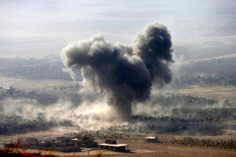 Минобороны РФ: Американцы все чаще бомбят мирное население в Ираке