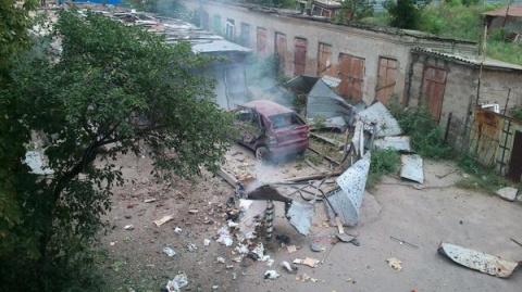Три дома в Докучаевске повре…
