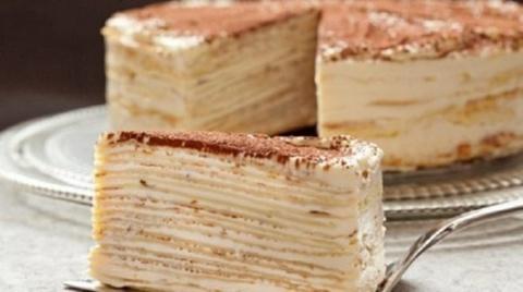 Коронный торт французской кухни