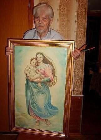 Этому дедушке 87 лет. А это …