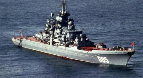«Адмирал Нахимов» учат топит…