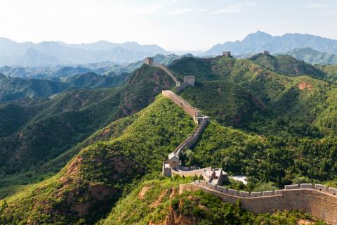 Китайскую стену построили вовсе не китайцы