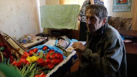 Украинец из Донбасса пошел д…