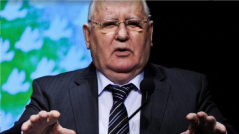 Михаил Горбачев вправил мозг…