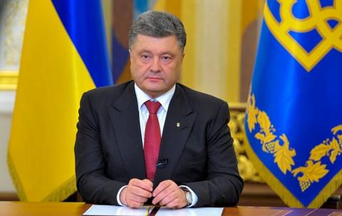Петр Порошенко запретил георгиевские ленты на Украине