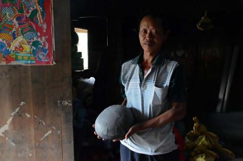 Утес в Китае каждые 30 лет «…