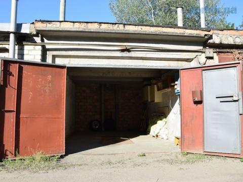 Вы бы стали покупать себе гараж?