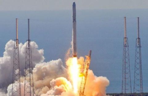 SpaceX отрицает проблемы сF…