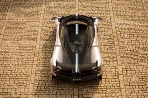 Двухдверный гиперкар от Pagani Automobili