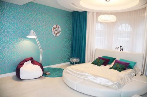 Спальня: огромная круглая кр…