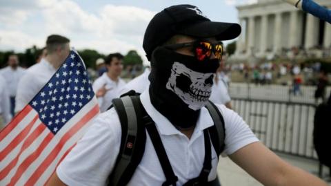В немецкие выборы вмешиваются не «русские хакеры», а экстремисты из США. USA Today, США