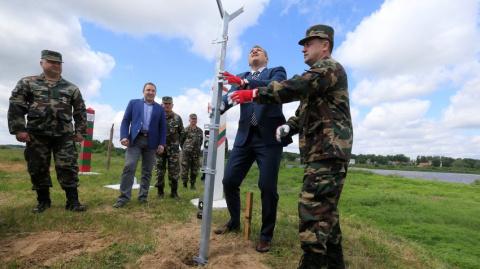 Die Zeit: Литва строит забор…