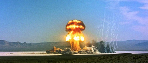 Эти кадры атомных взрывов ми…