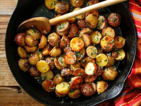 Хитрости, способные превратить обычный картофель в волшебное блюдо