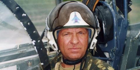Неизвестный спонсор помог ветерану авиации вернуть арестованный за долги самолет