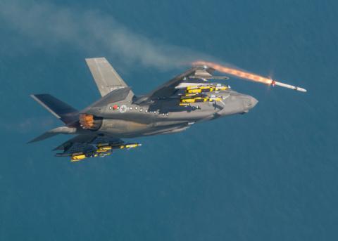 Истребитель F-35 станет «лет…