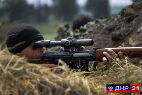 Снайпер ДНР уничтожил боевик…