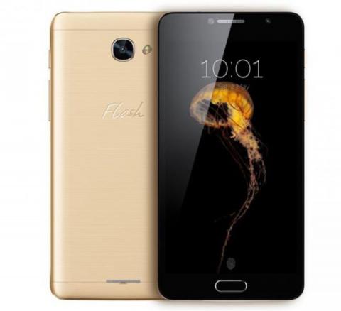 Смартфон Alcatel Flash Plus 2 радует металлическим корпусом и чистым громким звучанием