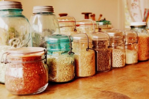 Как избавиться от пищевой моли?