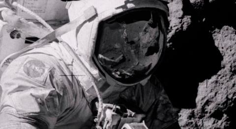 СМИ рассказали о новых доказательствах фальсификации высадки американцев на Луне