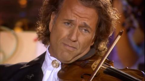Мелодия из «Крёстного отца» в исполнении Андре Рьё и оркестра Иоганна Штрауса