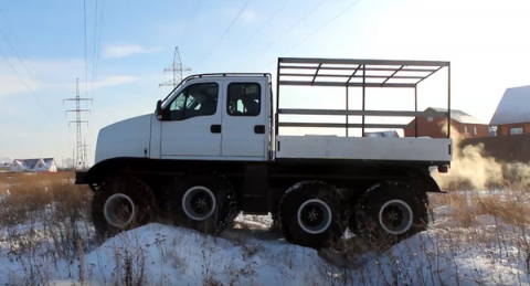 В России построили уникальный модульный 8-колёсный вездеход