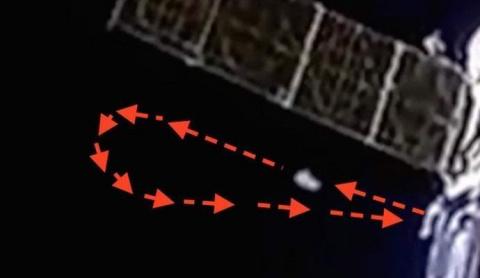 За космонавтами на днях наблюдали инопланетяне