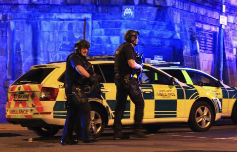 Взрыв на стадионе в Манчесте…