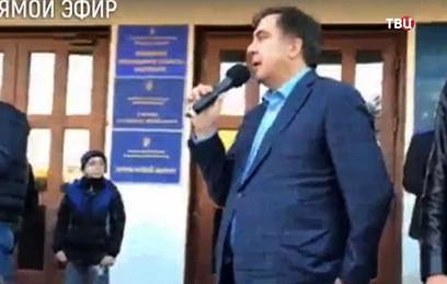 Центр Киева оцепили из-за ми…