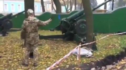Порошенко приготовил артилле…