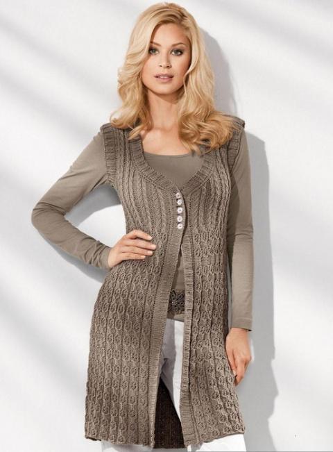 Мужской пуловер с узором из кос и жемчужным узором вязание