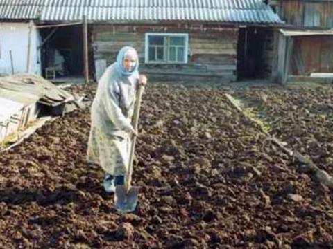 О смерти этой русской бабушк…