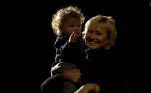 """55-летняя Ингеборга Дапкунайте впервые показала маленького сына: """"Все что пишут обо мне - неправда"""""""