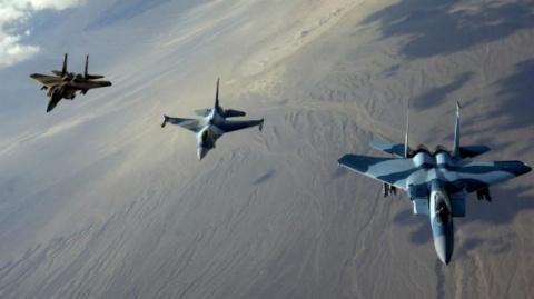 Пентагон заявил что США готовы сбивать российские и сирийские самолеты в Сирии