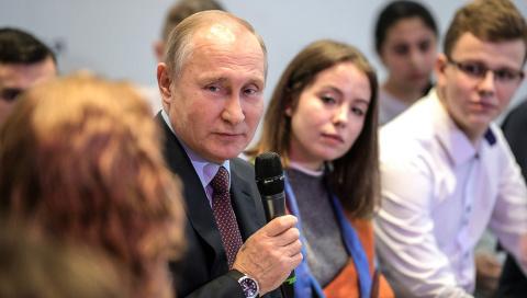 Миллион подписей за Путина. Странно было бы, если б не собрали