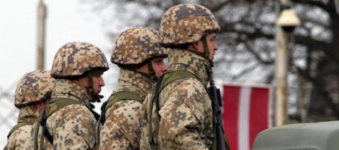 Страны Балтии наращивают военный бюджет, чтобы доказать Западу реальность «российской угрозы»