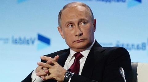 СМИ: Сигнал Путина — либо за…